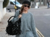 kylie-minogue-con-cocca-bag-london-nov2010-2