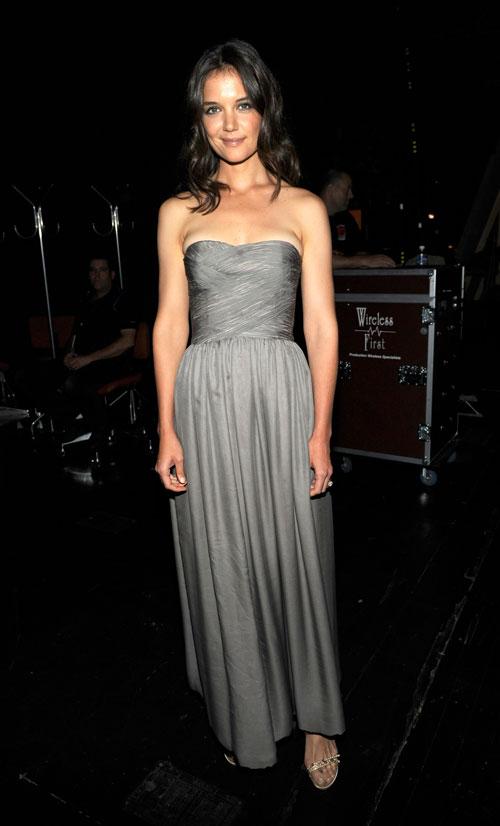 Katie Holmes vestita Giorgio Armani Privè al Tony Awards