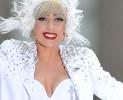 Giorgio Armani veste l'estro di Lady Gaga