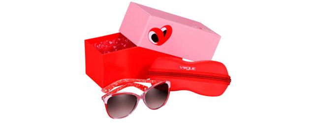 Lo sguardo innamorato degli occhiali Love Vogue
