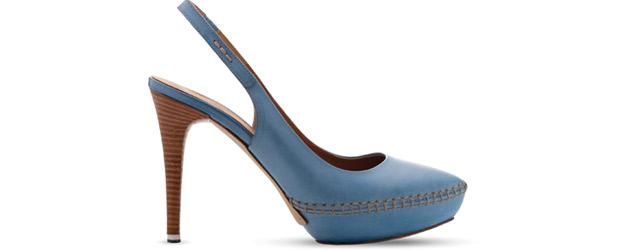 Il light blu delle calzature Moreschi