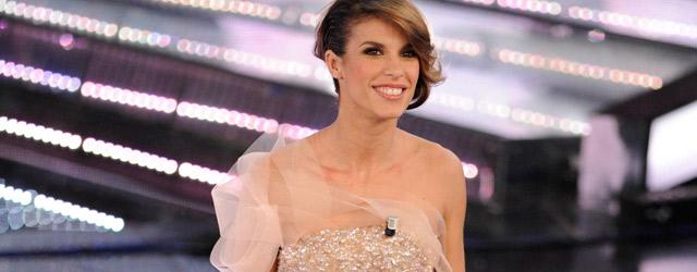 Elisabetta Canalis veste Giorgio Armani a Sanremo
