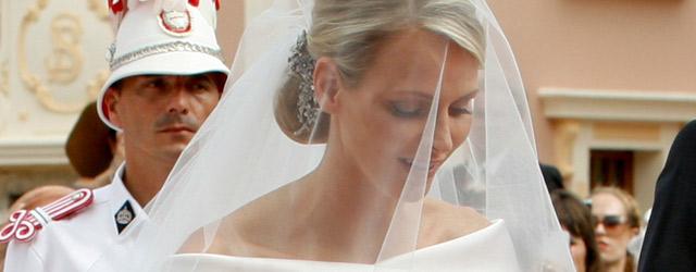 Charlene mette in mostra l'abito delle nozze