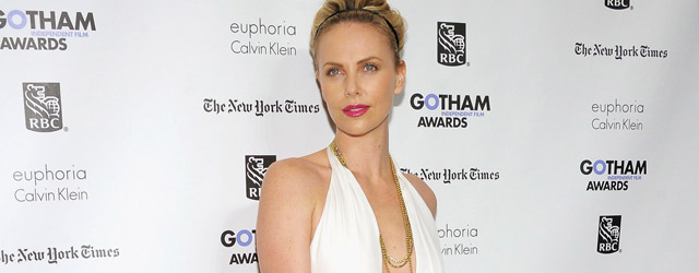 Charlize Theron incantevole in Gucci