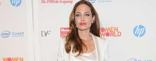 Angelina Joilie sempre più magra vestita Gucci