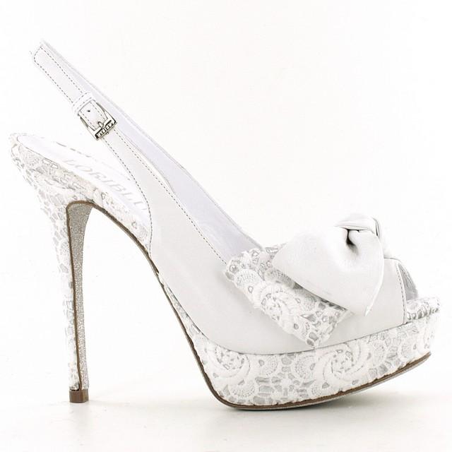 handbags  Le scarpe da sposa in pizzo firmate Loriblu Moda è Donna d5b99614481