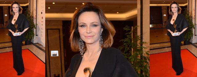 Francesca Neri bellissima in Gucci