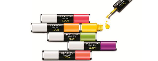 Unghie al neon con Revlon