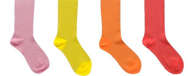 Cacharel presenta i colori fluo per la prossima p/e 2011